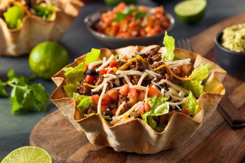 мексикансака тако салата