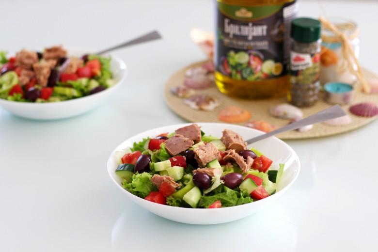 посна салата со туна