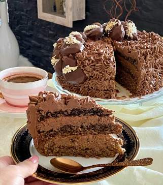 чоколадна маркиза торта