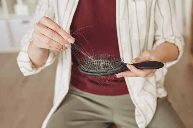 опаѓање на косата како последица од корона вирусот 2