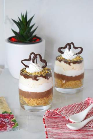 Чоколаден чизкејк во чаша 1