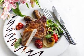 Која количина на месо е препорачливо да се сервира по лице 1