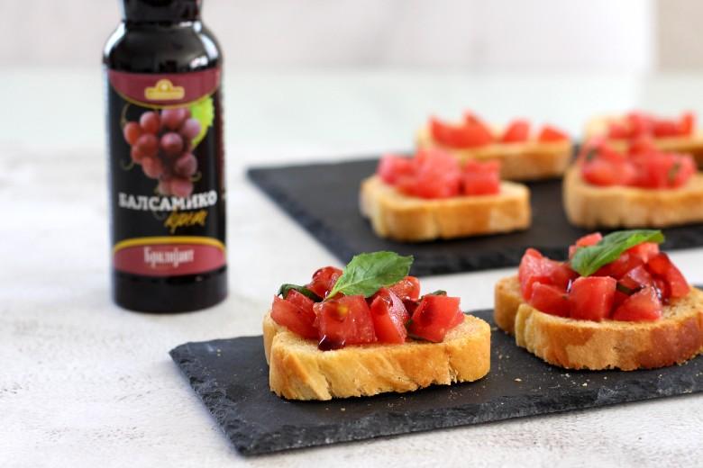 брускети со домати